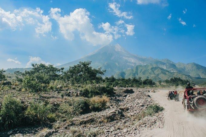 Gunung Merapi Jogja - Eugenia Clara on Unsplash
