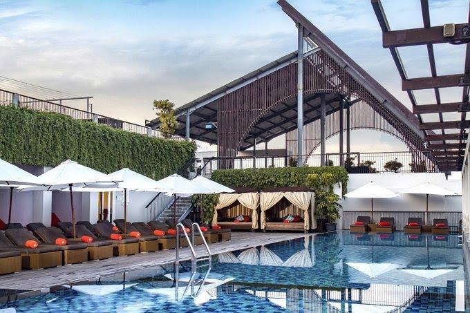 Hotel di Bali - The ONE Legian - Swimming Pool