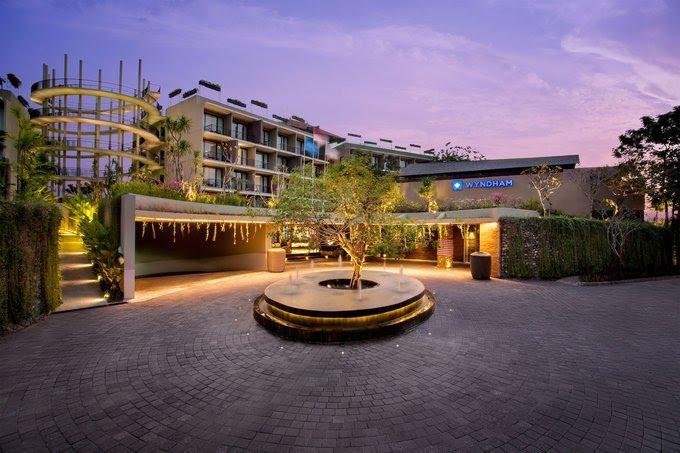 Wyndham Dreamland Resort Bali - Entrance