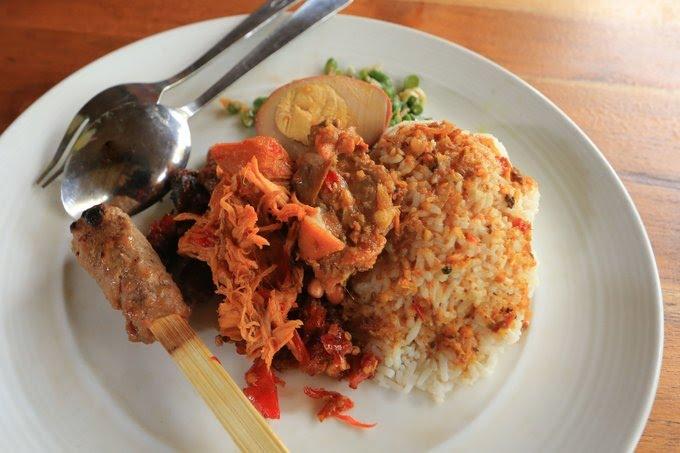Nasi Campur Ayam, Makanan Khas Bali